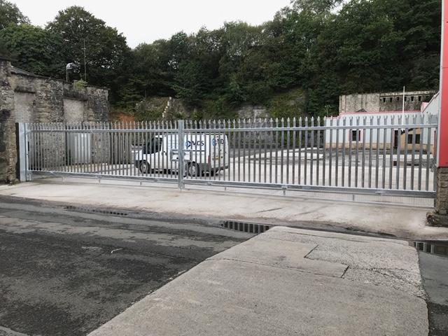 16 Metre Sliding Gate