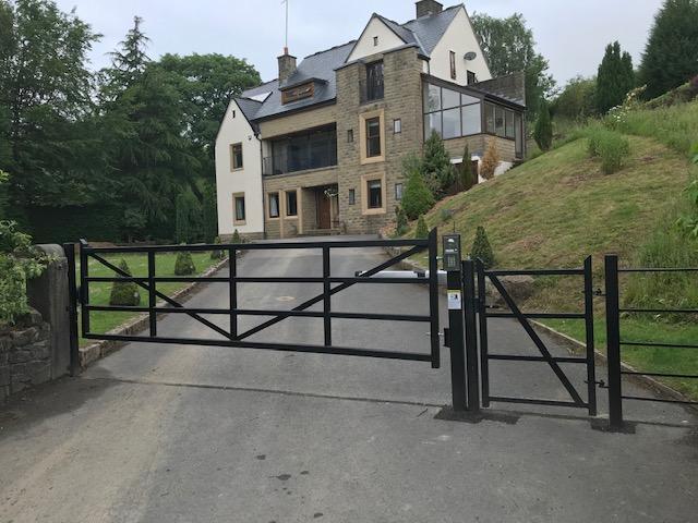 country estate gates
